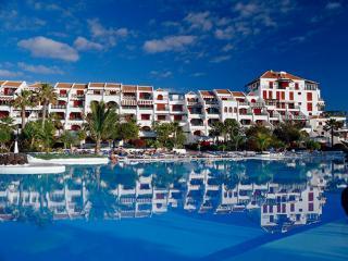 Apartment in Parque Santiago 4, Playa de las Americas