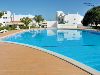 Brandy Red Apartment, Armacao de Pera, Algarve