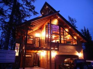 Chalet Luxe, Golden