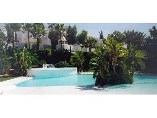 Camojan Blanco, Golden Mile Marbella, Golf nearby