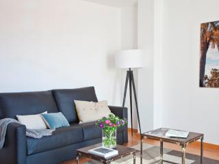 Sunny apartment in Eixample free wifi
