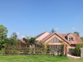 Upton Bourn Lodge, Somerton