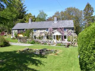 EITHIN FYNYDD stunning views, large grounds, woodburning stoves in Llanwchllyn Ref 14494, Llanuwchllyn