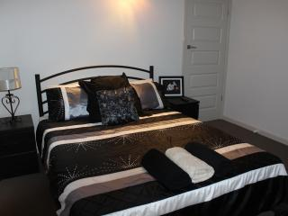 Queen Room 2 LED flat screen T.V. Built in robe .WiFi