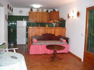 Apartamento menorquín de 2 habitaciones., Cala Blanca
