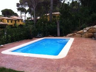 Planta baja con piscina en Pals Playa