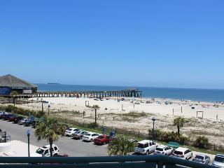 Sandpiper Condominiums - Unit 306 - Ocean Front Panoramic Views of Tybee Beach