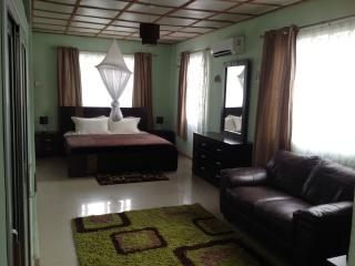 Holiday Apartments, Freetown
