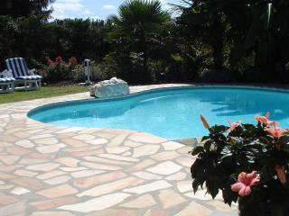 villa avec piscine près golfs