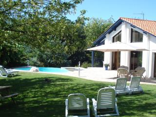 villa avec piscine pres golfs
