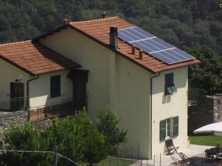 Appartamento in villa bifamiliare, Giustenice