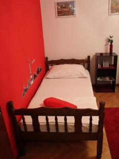'Paris' room