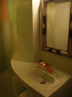 Salle de bains supérieure
