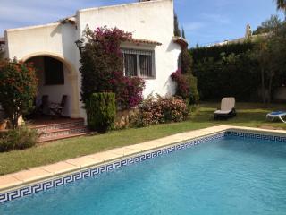 Villa 6 pax a 2 Km playa. Piscina privada, Javea
