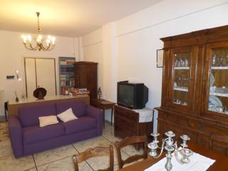 Appartamento PRIMAVERA, nel cuore di Centocelle!, Rome