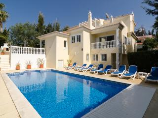 Special offers at luxury villa with private pool, bar-bq terrace, cinema & games