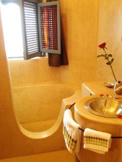 SINDBAD's bathroom