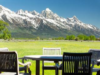 Spectacular Grand Teton Views! The Woodreed Retreat., Jackson