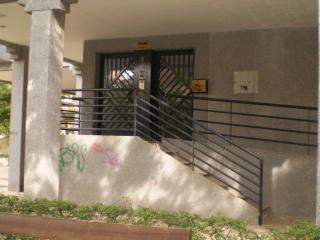 Alquilo  habitación en Granada + Wifi
