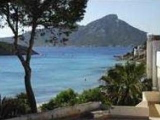Vistas al mar junto a la playa, Sant Elm