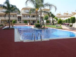 3 bedroom Townhouse with Private Solarium & Wifi, Los Alcázares