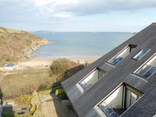 15 The Crags Maenporth