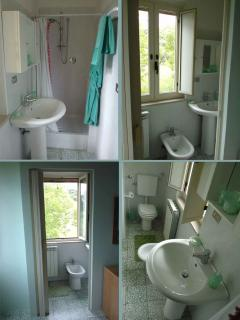 One of the en-suite bathrooms