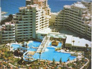 Benalbeach Luxury Holiday Complex Benalmadena, Benalmádena