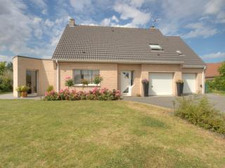 Near Bergues nice modern house