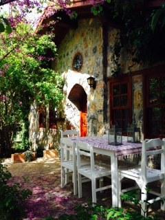 Fig Garden Cottages / Fig Cottage