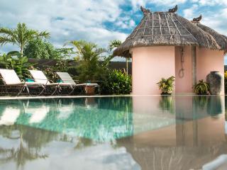 Hacienda Bali Estate. 2, 3 & 4 bed villas.