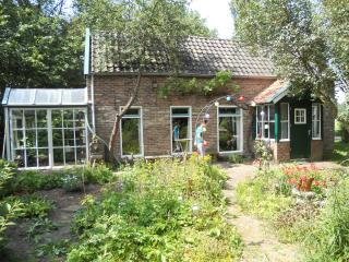 De Kleine Oele Romantic traditional cottage, Balkbrug