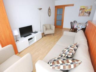 Comfy apartment right next Sagrada Familia
