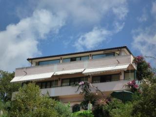 Villa Panthea Casa Vacanze 4   (mq.75)  +giardino