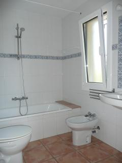 First floor bathroom - fullsize bath and thermostatic shower
