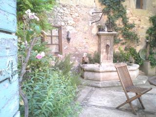 Chambre Côté Jardin B&B VILLA FONTILHA, FR, Usclas-d'Herault