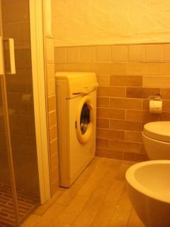 Bathroom 2 with washing machine