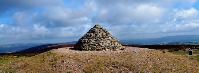 DUNKERY BEACON - HIGHEST POINT ON EXMOOR - WORTH A WALK - WE DO IT EVERY YEAR WITH KIDS AT XMAS