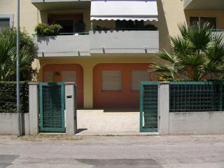 Appartamento con giardino a 5 minuti dal mare, San Benedetto del Tronto