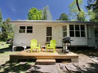 River's Edge cottage (#822), Sauble Beach