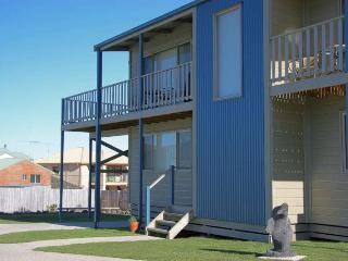 BLUE MAX RETREAT  3 Seaview Drive, Apollo Bay