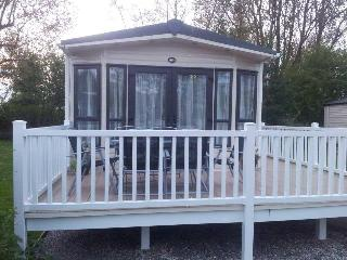 Windermere 3 bed platinum grade caravan on haven, Blackpool