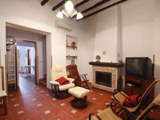 Casa totalmente reformada en el centro de La Nucia