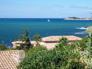 SANARY plage de Beaucours, Sanary-sur-Mer
