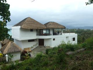 BORACAY Island VILLA FOR RENT WITH AMAZING VIEW, Boracay