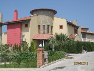 Villa Tjarita, Sogucak