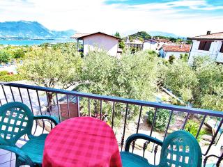 A/2 One-Bedroom Apartment Lake View Balcony 4 Pers
