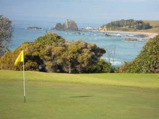 Narooma Golf course overlooking Glasshouse Rocks