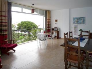 2B APT Carabeo great location Carabeo beach and town H161