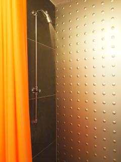 great hot en suite showers